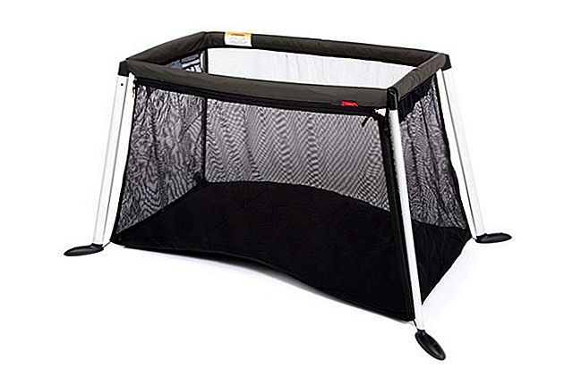 Phil & Teds Traveler Travel Cot Review